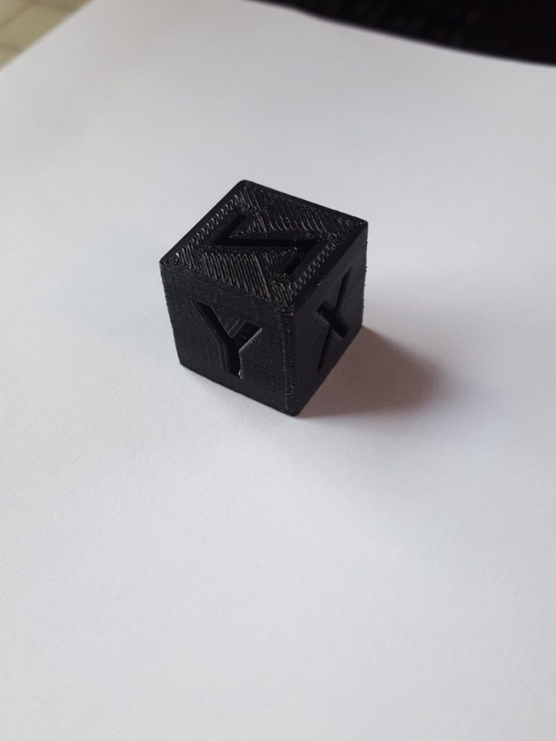 For a first print with @MarlinFirmware linear advance with zero calibration, lit...